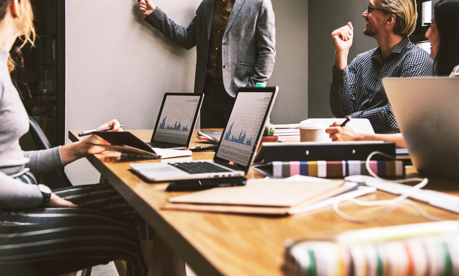 Как мы повысили эффективность проджект-менеджеров, снизив их загруженность