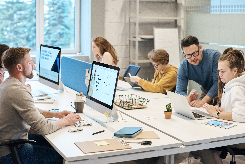 Бизнес-процессы, регламенты работы и задачи сотрудников интернет-магазина