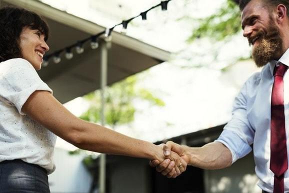 Продажи входящим и исходящим лидам: 6 отличий