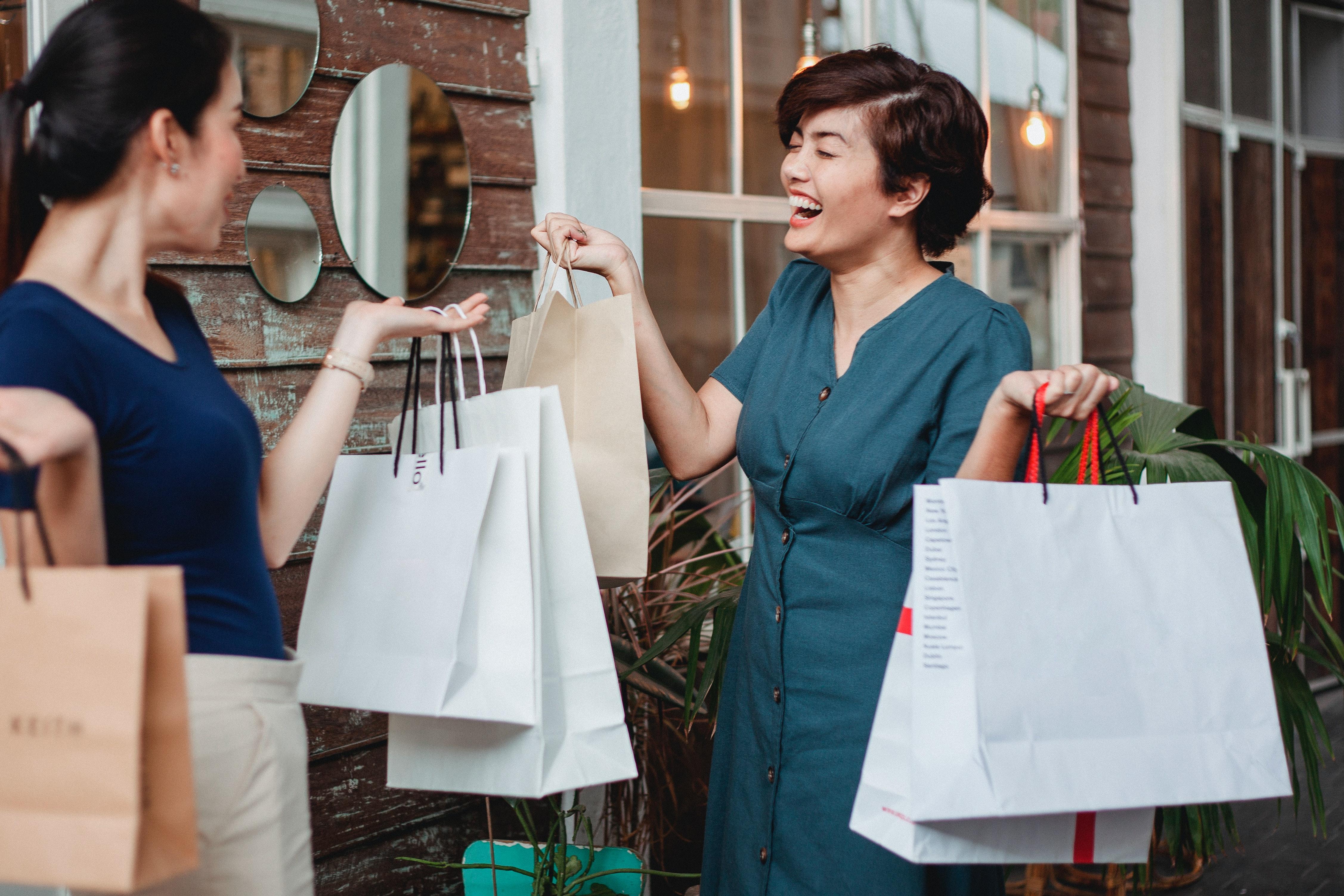 Как грамотно составить коммерческое предложения товаров для женщин